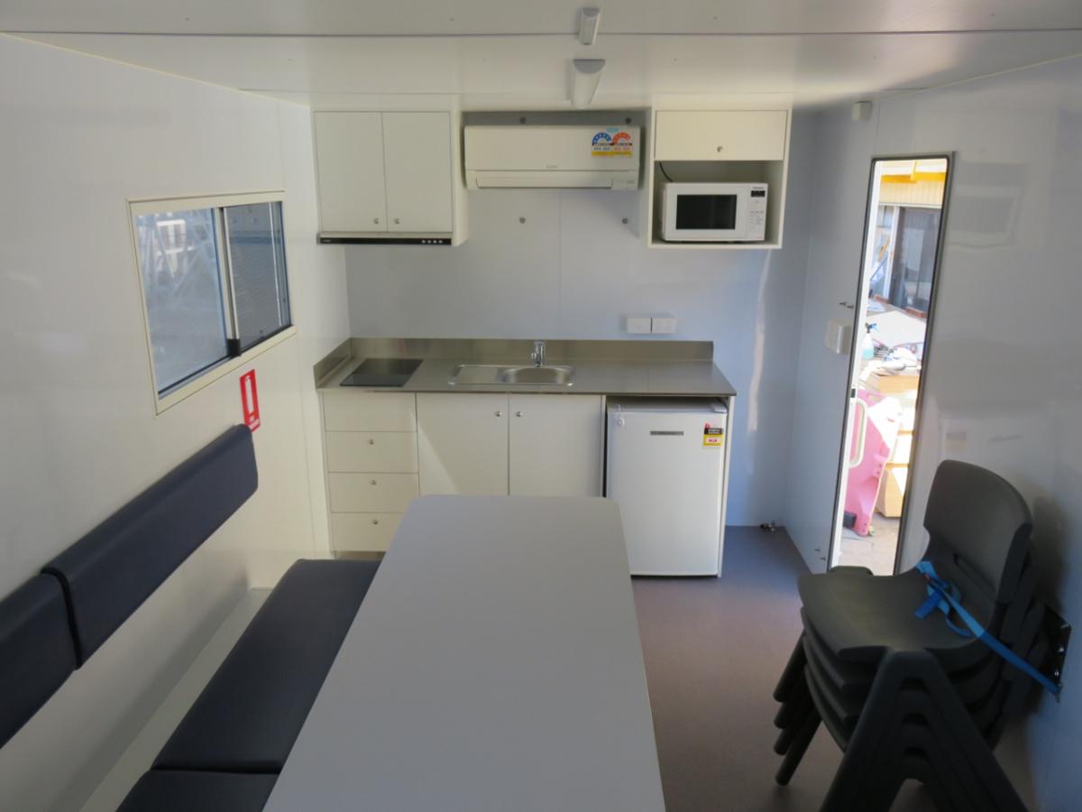 Site Mate Caravan -Lunch Area
